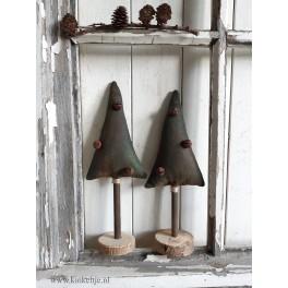 Kerstboompje van stof