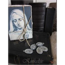 Medallion Maria van Jeanne d'Arc Living